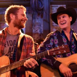 Dierks Bentley Keeps His Country Country 9