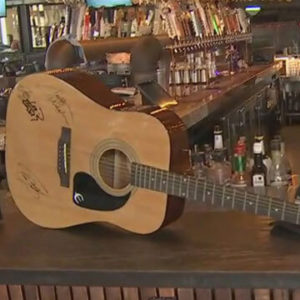 Dierks Bentley's Whiskey Row hosts fundraiser to benefit Las Vegas shooting victims 1